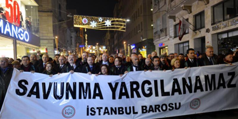 Taksim'de avukatlar eylem yaptı