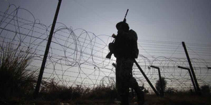 Pakistan ve Hindistan ateşkesi sürdürecek