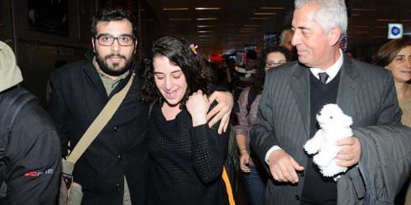 Gizem Akhan Türkiye'ye döndü