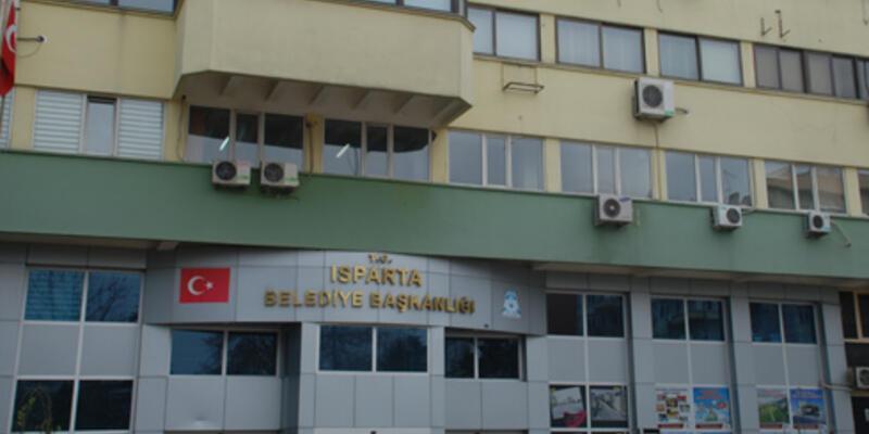 Isparta Belediyesi'nin gayrimenkullerine haciz