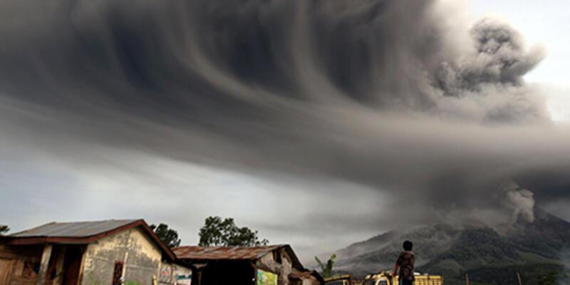 Sinabung çevresindeki 19 bin kişi tahliye edildi