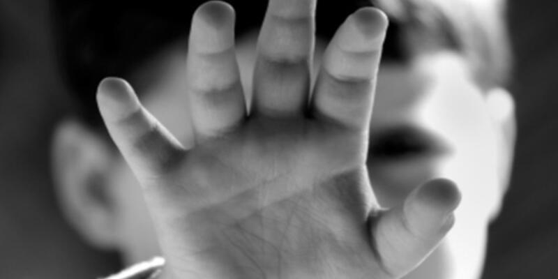 3 çocuğu istismar etmekle suçlanan kişiye 37 yıl hapis istemi