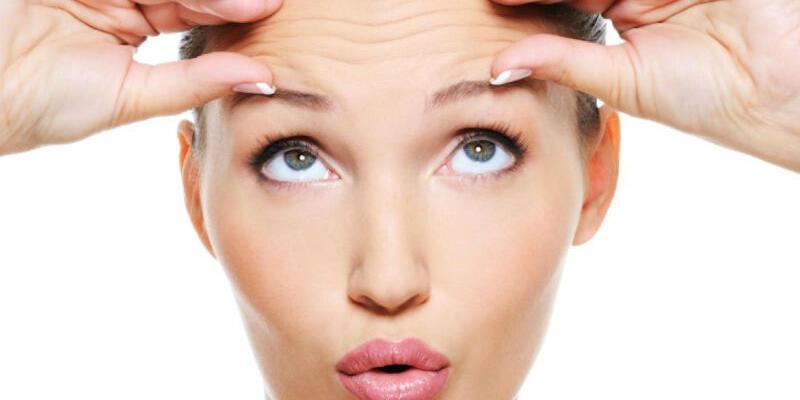 Alın çizgileri yüz ifadesine etki ediyor