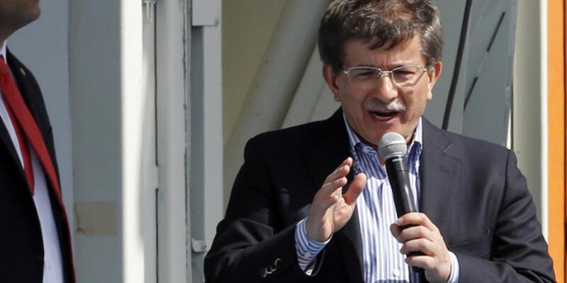 """Davutoğlu: """"Twitter yasağı geçici bir tedbir"""""""