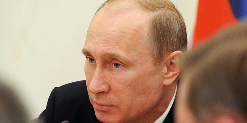 Putin Nazilerin işlediği suçları inkar etmeyi suç ilan etti
