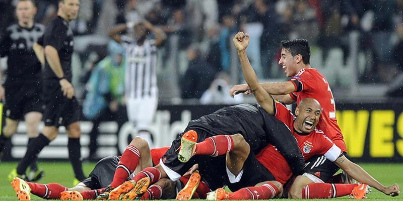 Benfica 9 kişiyle finalde