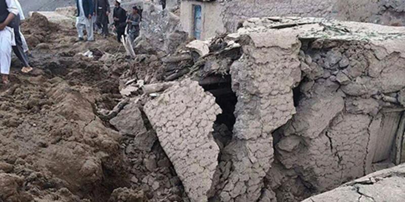 Afganistan'ı heyelan vurdu: 2100 ölü!
