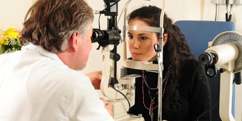 Göz muayenesi hastalıkların teşhisinde önemli!