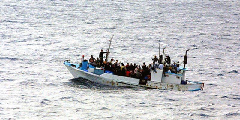 Kaçak göçmen teknesi alabora oldu: 25 kişi kayıp