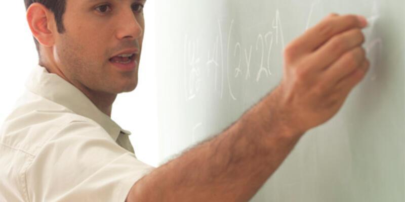 Kamuda en çok öğretmen, polis ve doktora ihtiyaç var