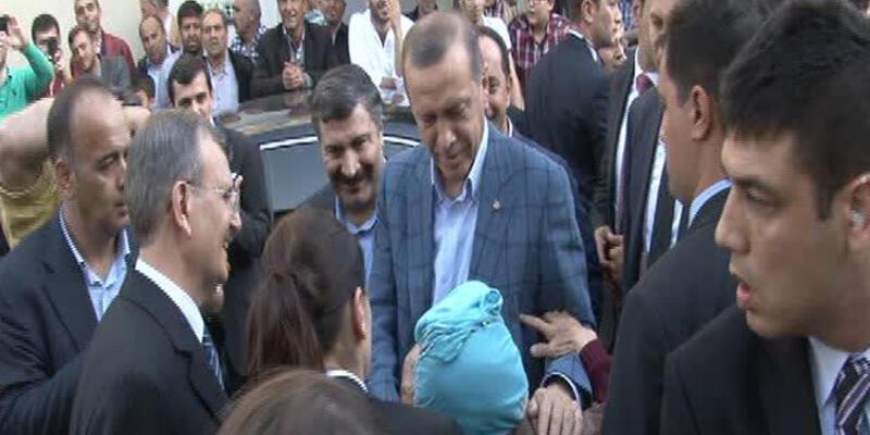 Başbakan Erdoğan, Arınç'ı ziyaret etti