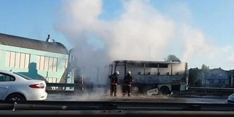Yanan minibüs İstanbul trafiğini felç etti