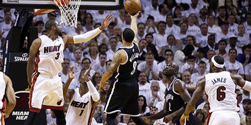 Miami Heat zorlanmadı