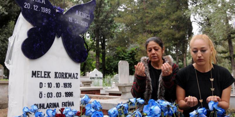 Dilara'ya 'kelebek' mezar taşı