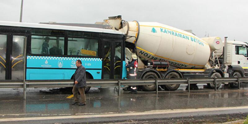 İstanbul'da yağmur kazalara yol açtı: 24 yaralı