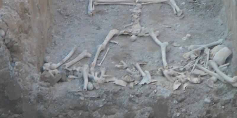 Alt geçit inşaatında sır kemikler