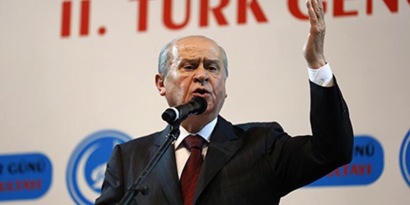 """Bahçeli: """"Baro Başkanı çalmış, Başbakan oynamıştır"""""""