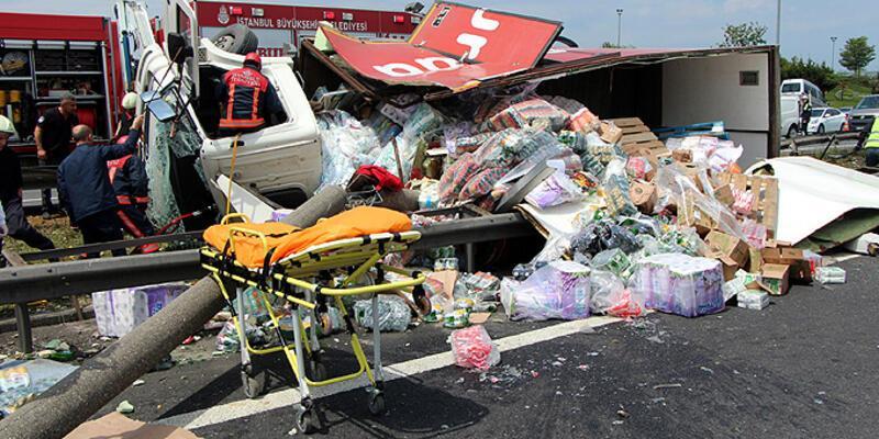 İstanbul'da TEM'i kilitleyen feci kaza!