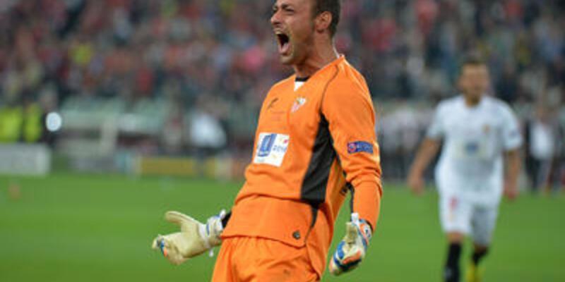 Portekizli kaleci Sevilla'yı şampiyon yaptı