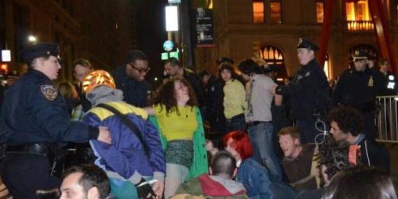 """Wall Street'i işgal et"" eylemcisine 90 gün hapis"