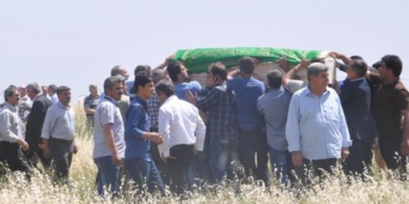 Sınırı geçerken asker tarafından öldürüldü