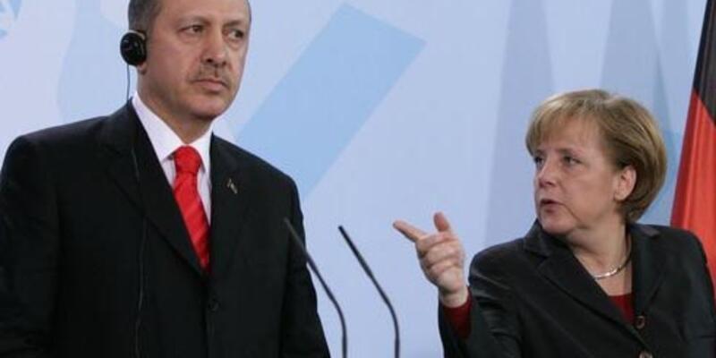 """Merkel: """"Erdoğan cumartesi günü sorumluluk bilinciyle davranacaktır"""""""