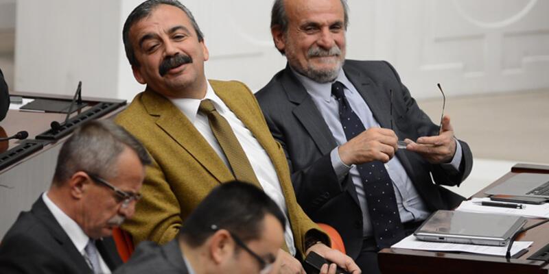"""Sırrı Süreyya Önder: """"Kemal Derviş'i anmadan bu cinayeti anmak olmaz"""""""