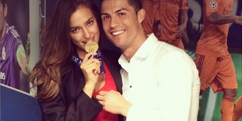 Cristiano Ronaldo soluğu Irina Shayk'ın yanında aldı