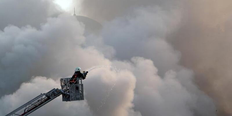 Büyükçekmece'de iplik fabrikasında yangın