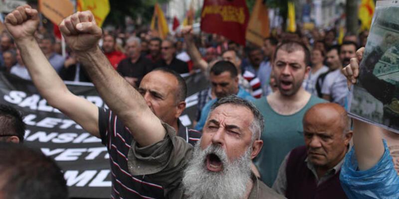 Aleviler, Uğur Kurt'un öldürülmesini protesto için yürüyüşler düzenledi