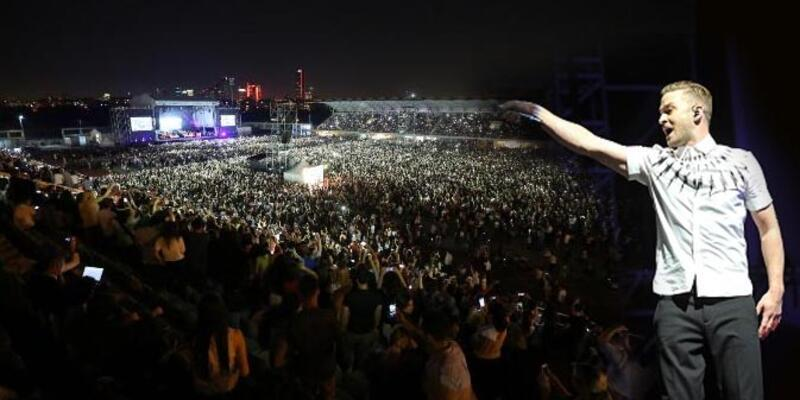 Justin Timberlake 40 bin hayranıyla Soma'yı ışık yakarak andı