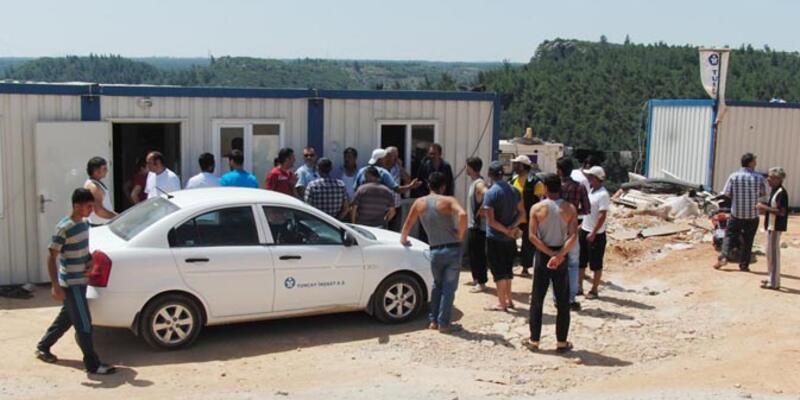 Taşeron işçiler Bakanlığın yaptırdığ yurt inşaatında iş bıraktı