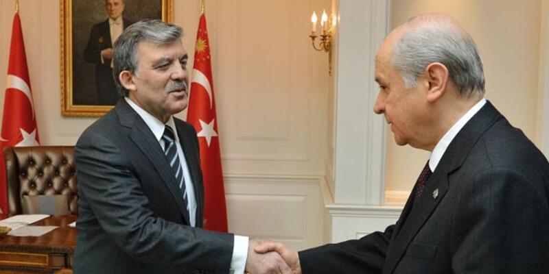 Bahçeli'den Abdullah Gül'e: Adayım olur musun?