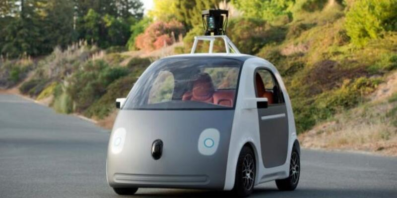 Google'dan sürücüsüz araba