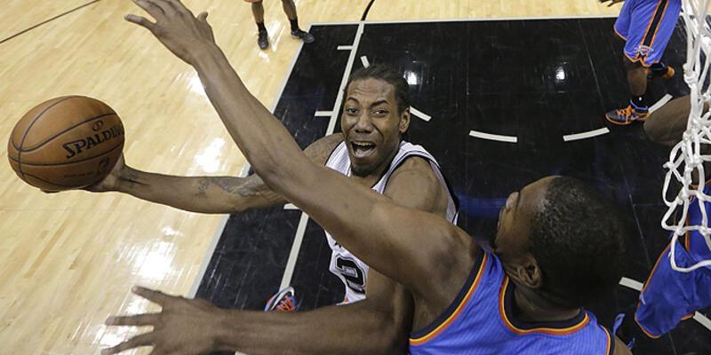 Spurs avantajı yakaladı