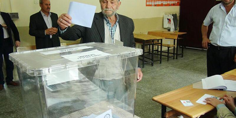 Çorum'da CHP adayı Dursun Uzunca kazandı