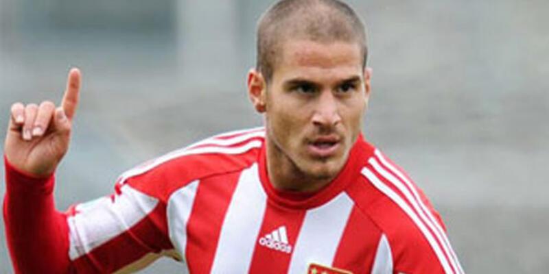 Trabzonspor Deniz Yılmaz'ı transfer etti