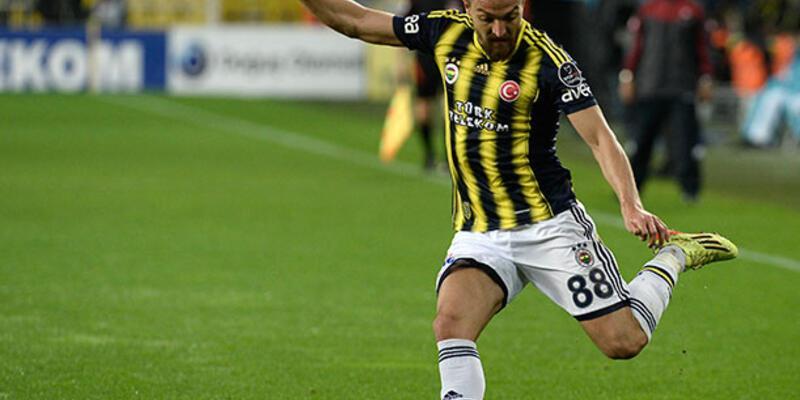 Caner Erkin Fenerbahçe'de kaldı!