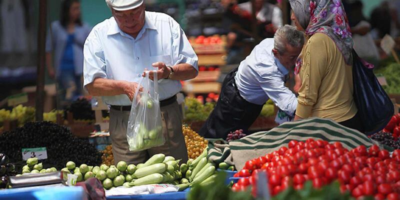 Parası gıdaya yetmeyenler arasında en kötüsü Türkiye'deki aileler
