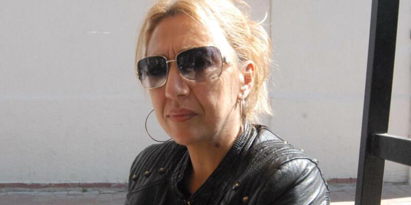 Başbakan'a el hareketi yapmakla suçlanan kadına 2 yıl hapis istendi