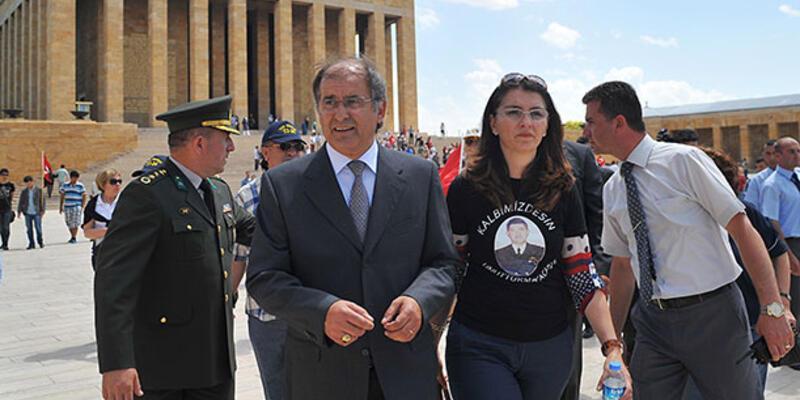 Atilla Kezek: Devlet, subayların etini yamyam gibi yedi