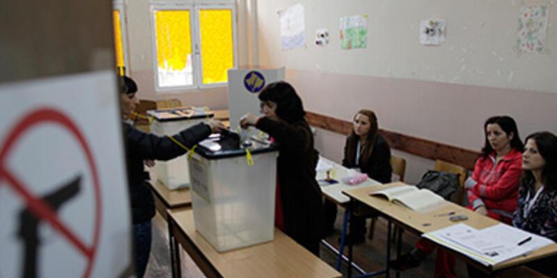 Kosova yerel seçimler için sandık başına gitti