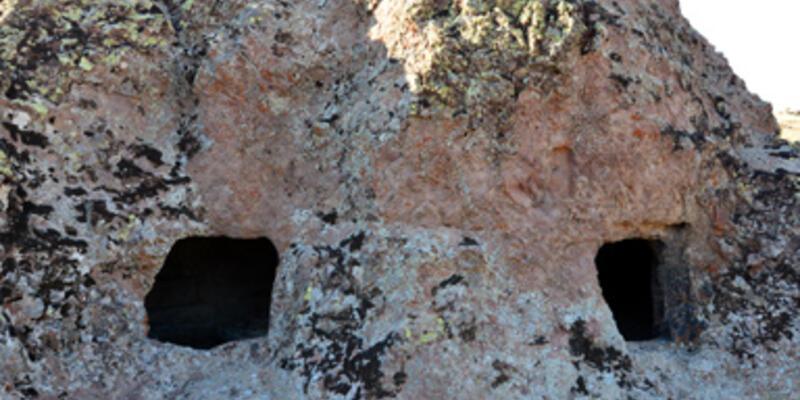 Tunceli'de 4 bin yıllık kaya mezarları bulundu