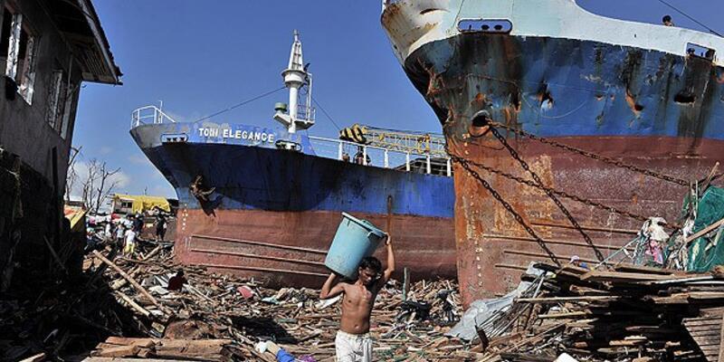 Filipinler'de gıda ve su sıkıntısı artıyor