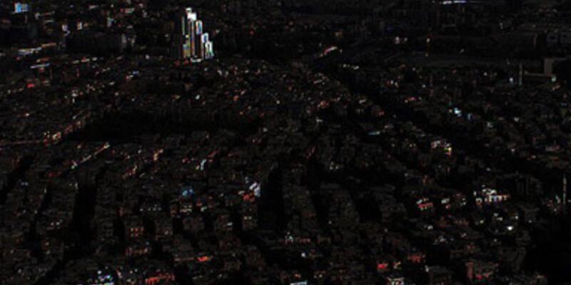 Şam karanlığa gömüldü...