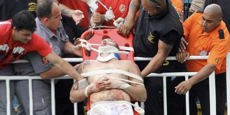 Brezilya'daki maçta korkunç kavga