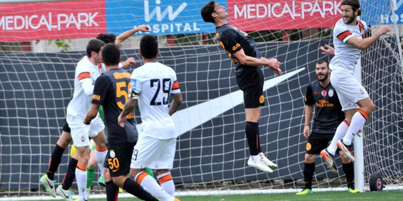 Lucescu Galatasaray'a da acımadı