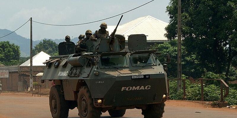Fransa Orta Afrika'da operasyonlara başladı