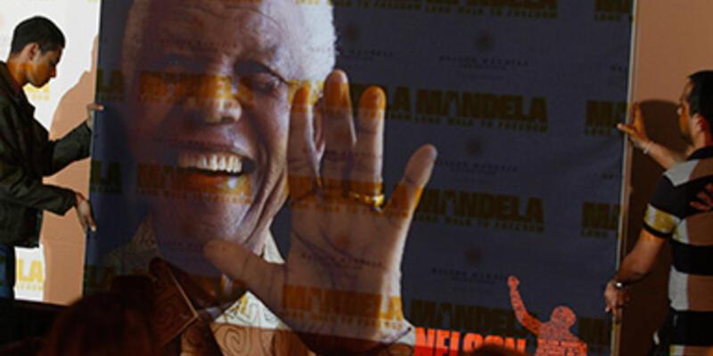 Mandela'nın hayatını anlatan film, Güney Afrika'da rekor kırdı