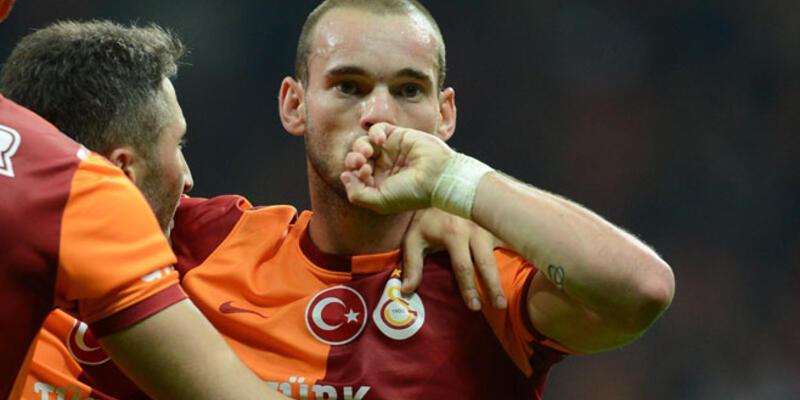 Sneijder 8 günde 4 gol attı